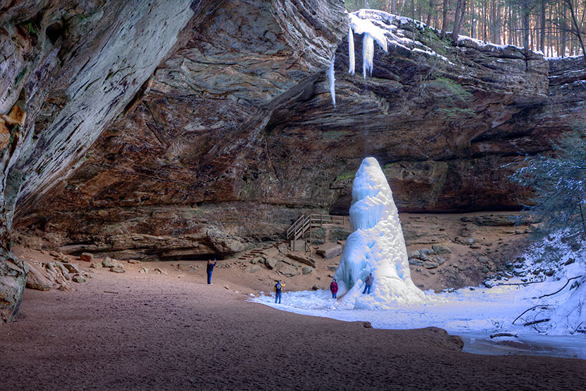 Photo Gallery - Ash Cave Natural Ice and Snow Sculpture - Dynamic Digital Solutions